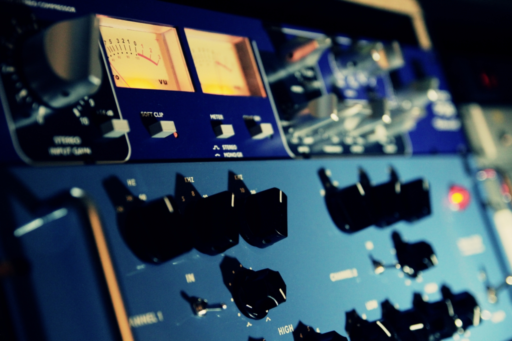 Upload your tracks for free mixing mastering test Upload